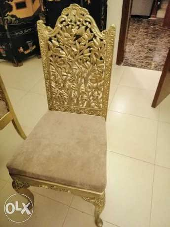 6 wooden Hand made chairs with round table الرياض -  6