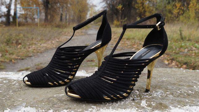 Жіночі туфлі 9e7210795dd27