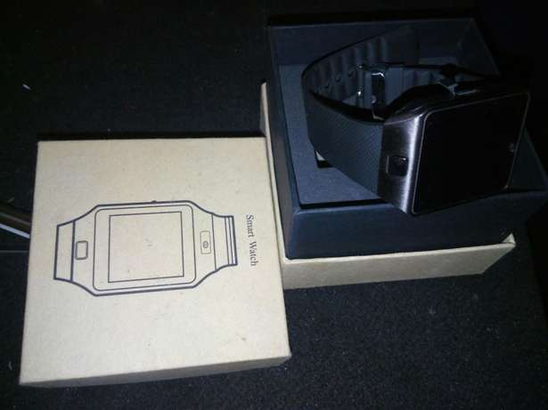 Smartwatch 2500 simcard and sd card support Pangani - image 1