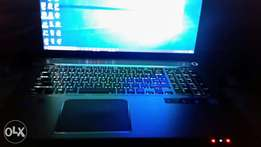 Core i7, Toshiba Laptop, 8gb Ram, 750gb HD