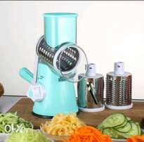 Manual rotary grater