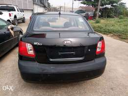 Super clean Kia Rio 2009 with sound engine and gear. A/c cooling nice