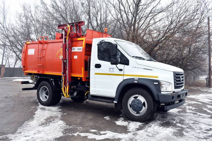 ГАЗ new at 1022 na shassi  s41r13 on next garbage truck - 2019