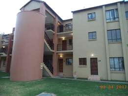 2 Bedroom 1 Bathroom in secure complex