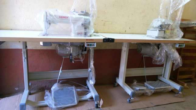 Sewing machines on good price.different machines with its price Githurai - image 5