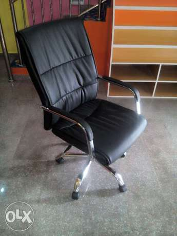 Brand new office durable & quality chair Ikeja - image 1