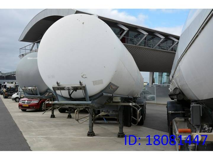 Trailor Tank 38000 liter - 1999