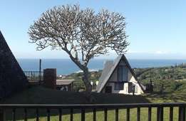 1-8 Oct school holiday rental right by the beach!
