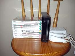 Wii Gaming System with lots of popular Games