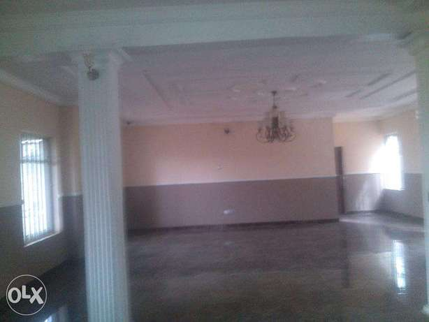 5 bedroom duplex for sale at omole phase 1,with remote control gate ,a Ojodu - image 4