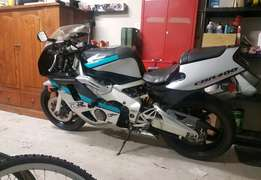96 Honda Cbr 400 Nc29 bayblade with low kms for sale