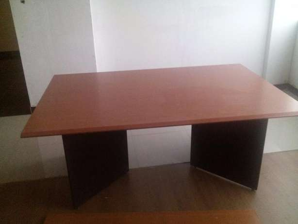 Conference Table Parklands - image 4