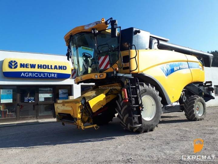 New Holland cx 8040 - superber etat - pret à partir - 2012