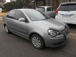 vw Polo classic 1.6 2007 model Grey in color 87000km R69000