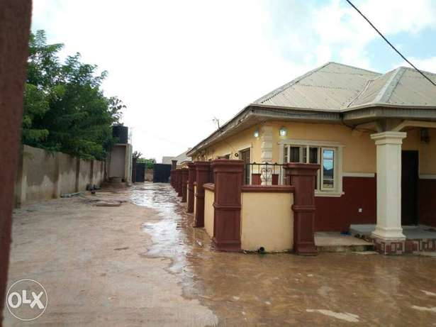2 units of 2 bedroom flat and 2 units of a room and parlour for sale Akure South - image 2