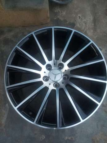 Dealer in all kinds motor parts such as alloyed wheels and tiers Ifelodun - image 5