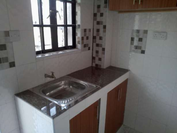 1 bedroom apartment to let - polyview Polyview - image 1