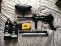 BT Combat paintball gun +extras