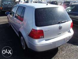 Clean Volkswagen golf4 1996
