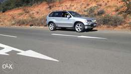 BMW x5 4.6is in very good condition super clean