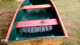 Rowing boat with electric sneaker motor. In good condition
