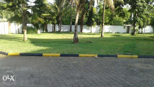 5 bedroom maisonette close to the beach with a pool Nyali - image 3