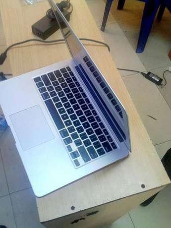 MacBook Air Core i7 Kampala - image 6