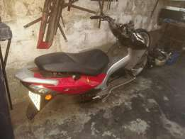 Scooter pgo 125 cc braking up for parts