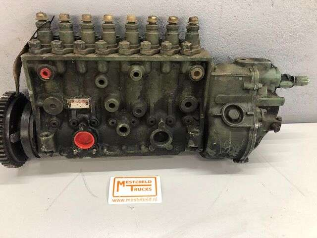 Mercedes-Benz BRANDSTOFPOMP OM422 MECHANISCH injection pump for
