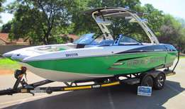 2013 Malibu's Wakesetter 22 MXZ with 5.7L V8 Monsoon 409 SS