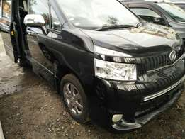 Toyota Voxy Valvematic fully loaded Just buy and drive