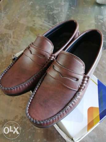 Leather shoes size 43
