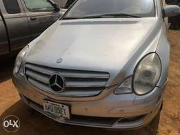 Cheap neat nigeria registered Mercedes Benz R350