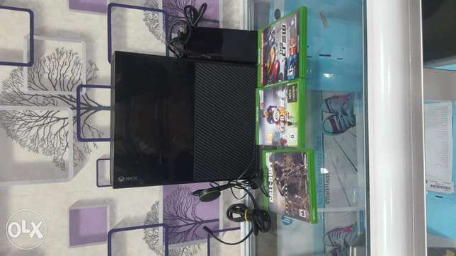 Xbox one with 3games available now Ikeja - image 1