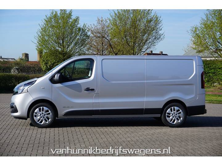 Renault Trafic 1.6 dCi T30 L2 H1 120PK Airco Camera Trekhaak Lich... - 2019