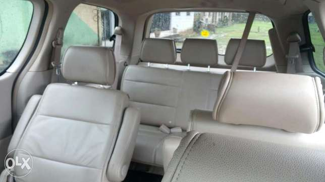 Extremely sharp and sound firstbody 04 quest with factory chilling AC Warri South - image 6