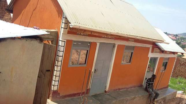 3 rooms for sale in Kibili at 21 millions Kampala - image 2
