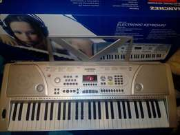 Sanchez 61 keys Eletronic keyboard