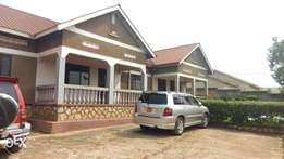 Two Bedroom House with Dinning Room in Mpererwe