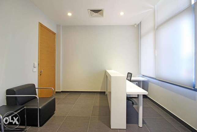 153 SQM Office For Rent in Badaro, OF13105