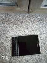 clean Android Blackberry passport 32gb