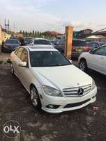 Very Clean 2010 MERCEDES-BENZ C300 4 MAT