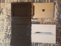 Ipad 3 in immaculate condition with original box (sell/swop)