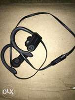 Powerbeats3 water resistance earpiece