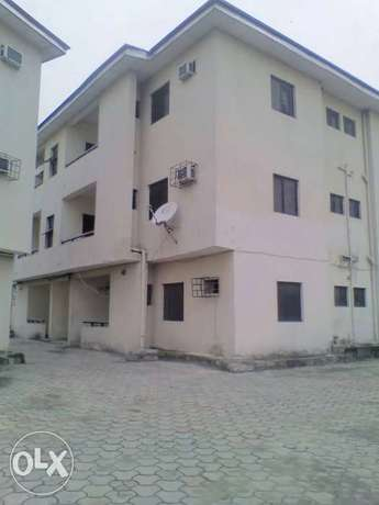 TO LET 2Bedroom Flat Port Harcourt - image 1