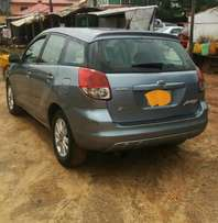 Cleanly used Toyota matrix for cheap sale