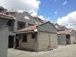Mombasa road maisonette to let
