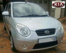 2010 Kia Picanto1.1 with 141000km, fuel saver, must see!