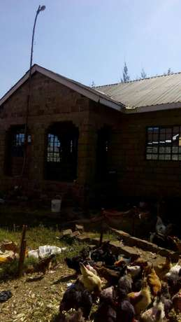 Plot for sale kamiti corner with unfinished 4bdr bungalow Kamiti - image 2
