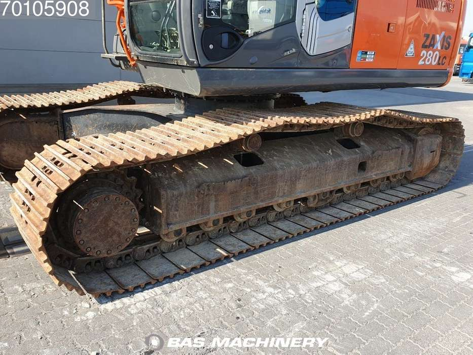Hitachi ZX280LC-3 Nice and clean machine - 2010 - image 9
